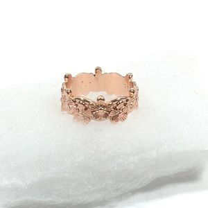 Jewelry - Floral Ring Band